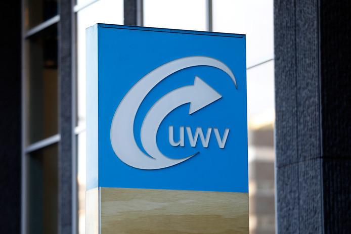 Het UWV kampt met hardnekkige problemen. Voormalige regeringspartners VVD en PvdA willen dat de dienst een inhaalslag maakt en toekomstbestendig wordt.