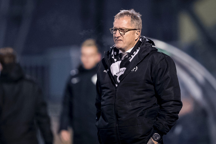 Coach Eric Meijers.