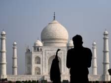 Le Taj Mahal rouvre aux touristes en dépit des nombreuses contaminations en Inde