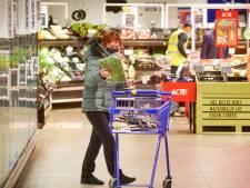 Het kost meer dan het oplevert, maar supermarkten gaan zonder morren open voor ouderenuurtje