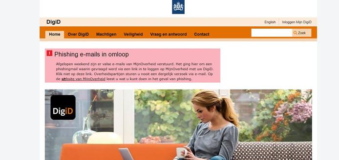 Inmiddels staat er ook op de website van DigiD een waarschuwing voor de phishingmail.