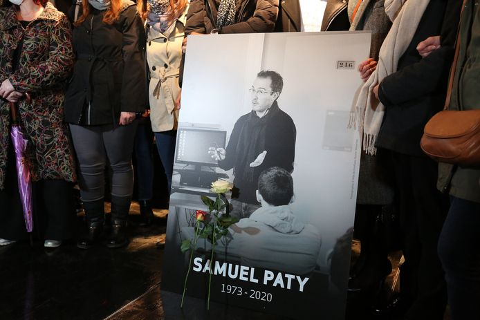 Witte mars voor Samuel Paty in Conflans-Sainte-Honorine .