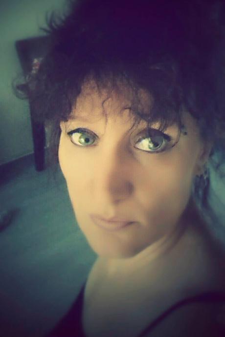 Moeder via telefoon getuige van laffe mishandeling dochter: 'Mama kom snel'
