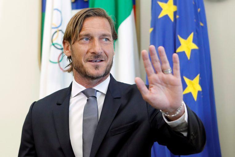 17 juni 2019: Francesco Totti laat op een persconferentie in het Coni Palace in Rome weten ontslag te nemen bij AS Roma.