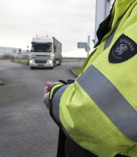 Haagse douanier verdacht van corruptie