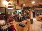 Lekker dineren in de schoolse ambiance van restaurant De Wilg in De Mortel: een 7,8