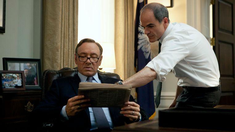 Beeld uit House of Cards, het grootste succes van streamingdienst Netflix. Links hoofdrolspeler Kevin Spacey. Beeld ap