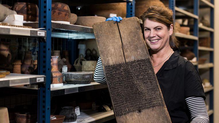Yvette van Boven ging op zoek naar objecten uit eetculturen uit de hele wereld Beeld Sasha de Boer