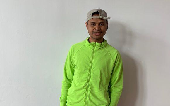 Jongerenpastoor Toni maakt een videoreportage samen met de vormselcatechisten