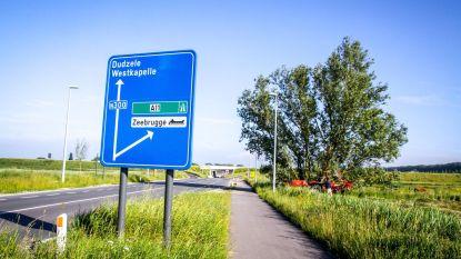 Gemeente betaalt zelf bord 'Heist' langs A11