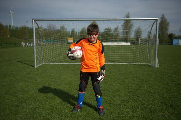 """Tristan Verlinden (8) is een van de jongeren met een beperking die stage volgt. """"Het kamp is heel vermoeiend, maar wel superleuk."""""""