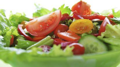 Zo neem je een gezonde salade mee naar het werk