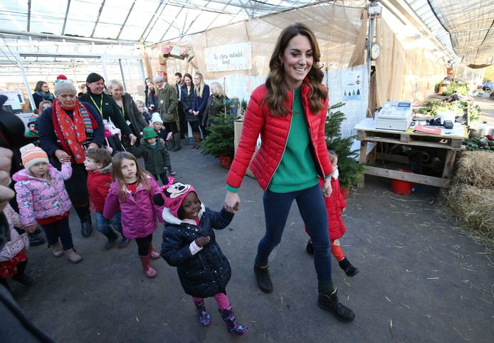 Kate Middleton bij de  Peterley Manor Farm in Buckinghamshire.