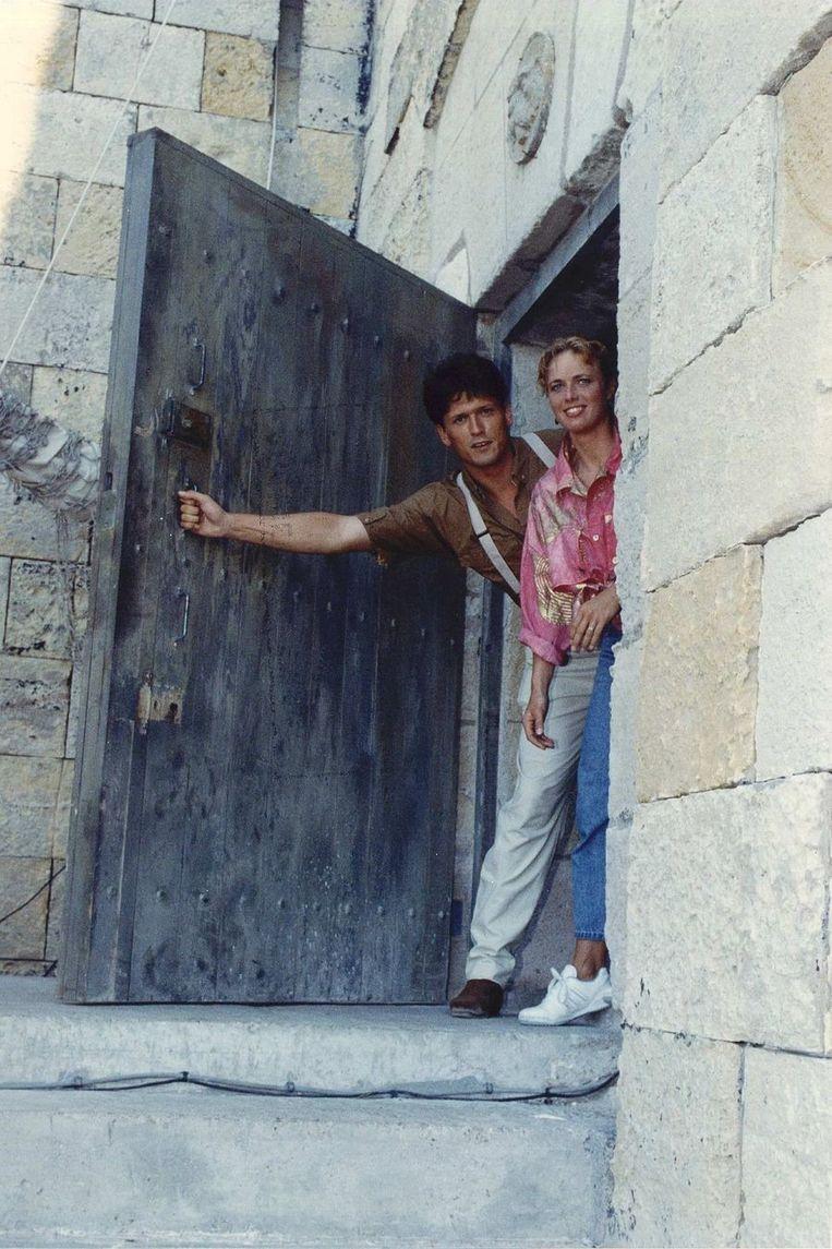 In 1991 werd 'De Sleutels van Fort Boyard' gepresenteerd door Bas Westerweel en Ria Visser. © ANP Beeld