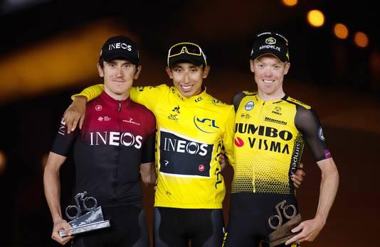 De nummers 1, 2 en 3 van de Tour vorig jaar. Winnaar Egan Bernal tussen ploeggenoot Geraint Thomas (l) en Steven Kruijswijk.