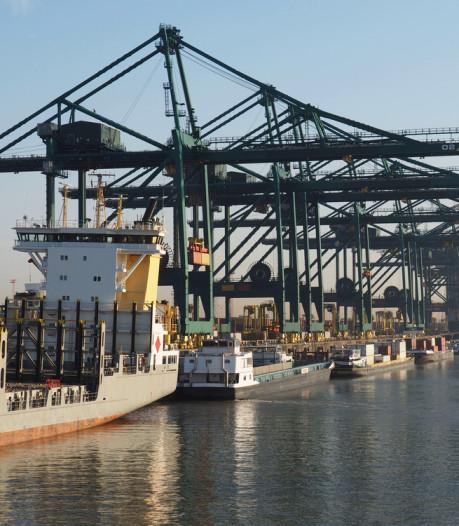 La douane veut scanner tous les containers au port d'Anvers pour lutter contre le trafic de cocaïne