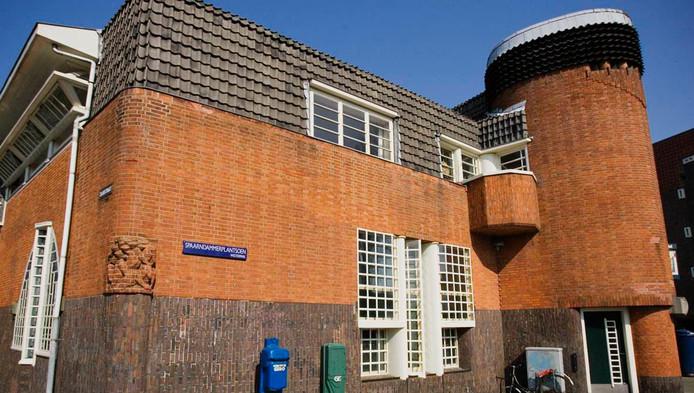 Het Schip geldt als een van de voorbeelden van de Amsterdamse School