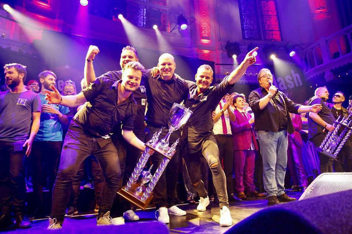 The Streets tijdens de finale van The Clash of the Cover Bands in Paradiso (eigen foto).