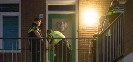 Heetveldsweg in Almelo in de ban van ontspoorde vrouw: 'Buren slapen met oordoppen in'