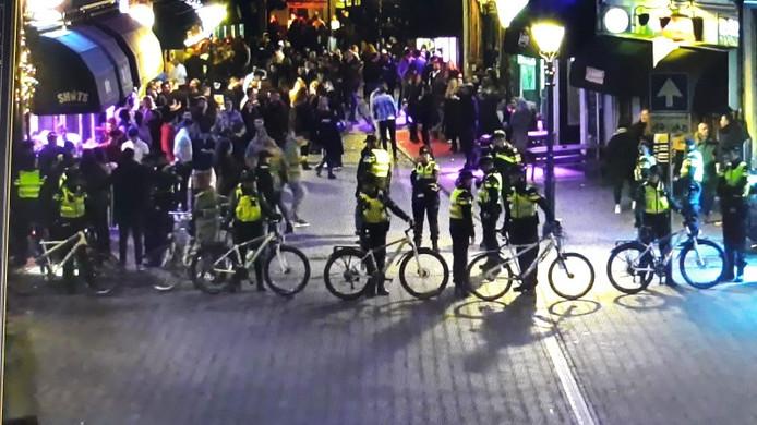 De politie heeft opnieuw controleacties gehouden in de Bredase binnenstad.