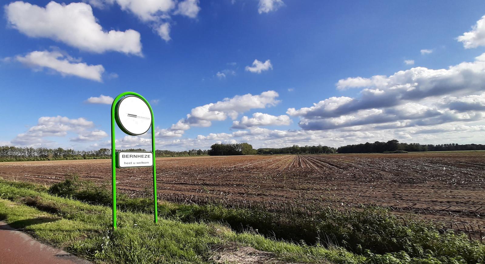 Zicht op het land waarop bedrijventerrein Heesch West komt.