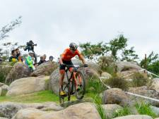 Middelburgse mountainbiker Milan Vader wint op Alpe d'Huez