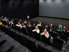 Creativiteit in coronatijd: school verplaatst filmmiddag van klaslokaal naar grote filmzaal
