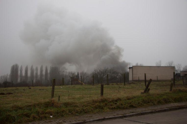 De rook was van kilometers ver te zien.