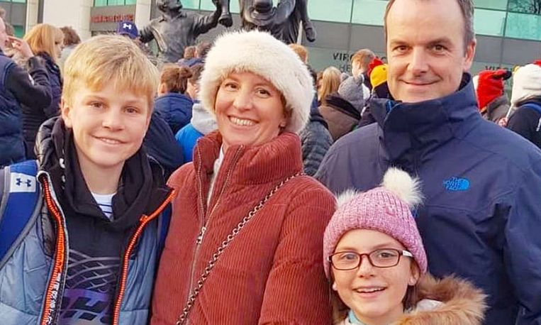 Anita Nicholson en haar zoon Alex en dochter Annabel kwamen bij de bomaanslag om het leven.