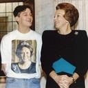 Allard Budding in 1992, naast toenmalig koningin Beatrix.