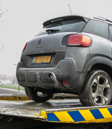 Wildwest in Arnhem: dief scheurt weg met auto van Jan Willem