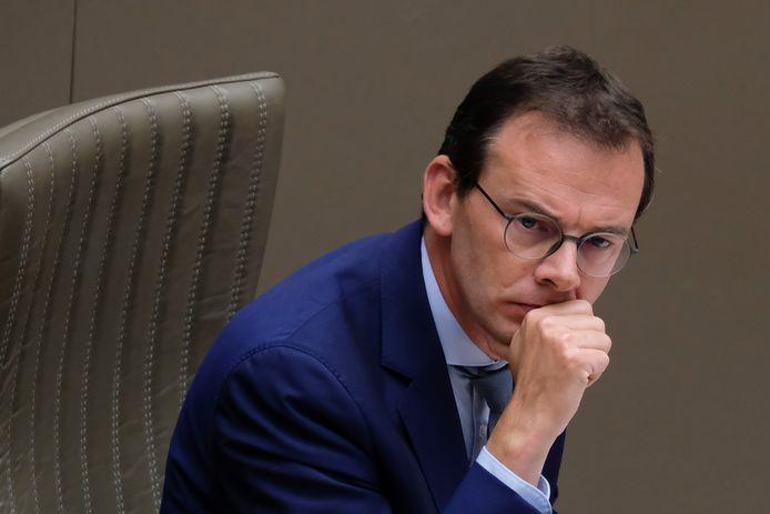 Wouter Beke krijgt al enige tijd kritiek voor zijn aanpak.