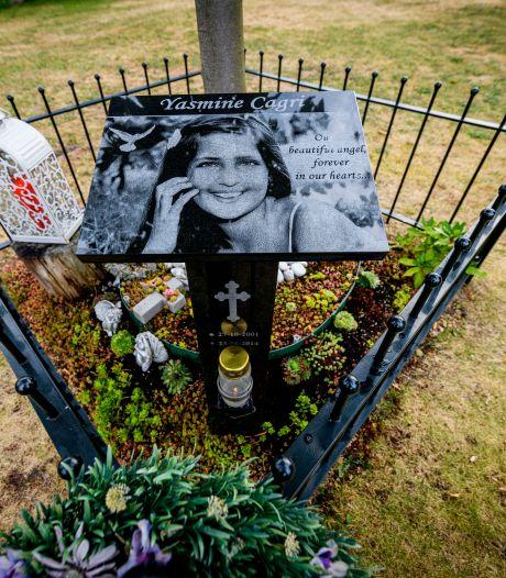 Monument zorgt voor persoonlijke noot in Hengelo: 'Op de i van Yasmine (12) staat geen punt maar een hartje'
