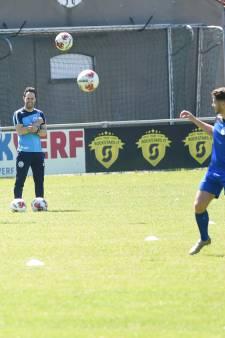 FC Den Bosch voor het eerst weer het veld op: 'Wat dribbelen, passen en lopen. Dat is het wel'