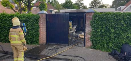 Inhoud garage gaat verloren bij brand in Lichtenvoorde