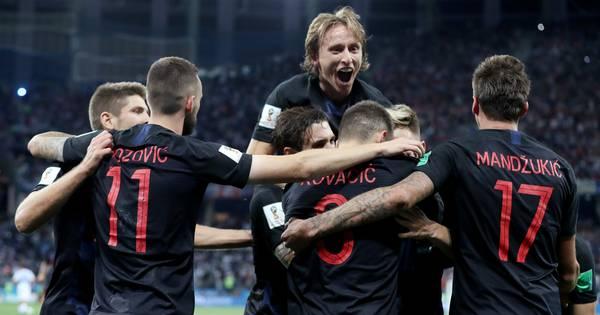 Feestende Kroaten brengen Messi op rand van afgrond