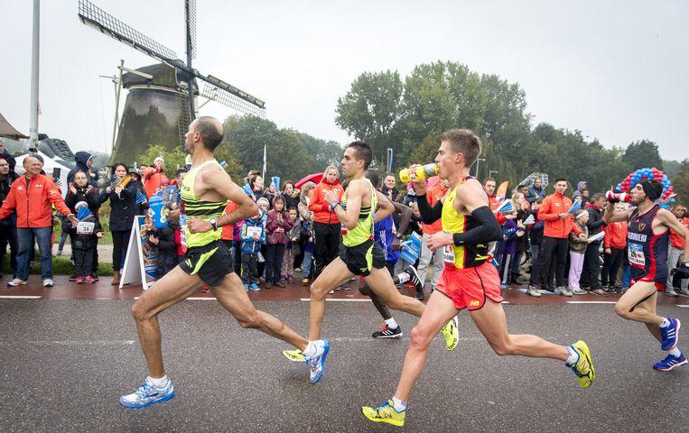 Amsterdam, Rotterdam en Eindhoven wisselden elkaar vaak af als decor van het NK. Beeld anp