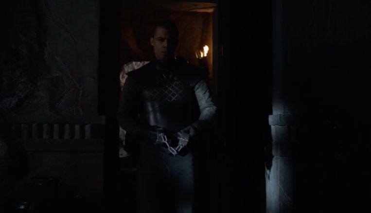 Grey Worm komt Varys ophalen voor het onvermijdelijke.