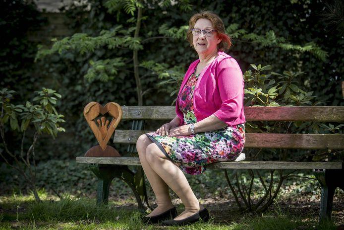 Anneke de Graaf-Mundt uit Denekamp mag vrijdag met 150 andere Nederlanders dineren met de koning