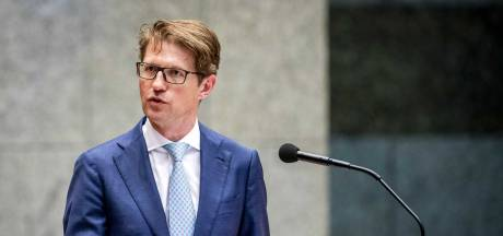 Minister Dekker: 'Gevangene moet verlof eerst verdienen'