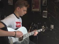 Jonge Dax uit Kapelle maakt werk van de muziek van zijn held Elvis Presley