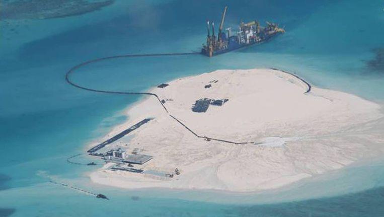 De Filippijnen publiceerden foto's van de nieuwe Chinese eilandjes. Beeld AP