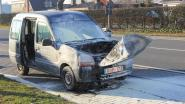 Auto vat vuur op Antwerpseweg