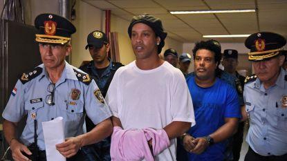 Ronaldinho verlaat gevangenis na borgsom van 1,5 miljoen euro, maar staat nu onder huisarrest in hotel