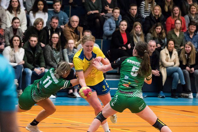 De eredivisie handbal vrouwen wordt volgend seizoen uitgebreid met twee teams.