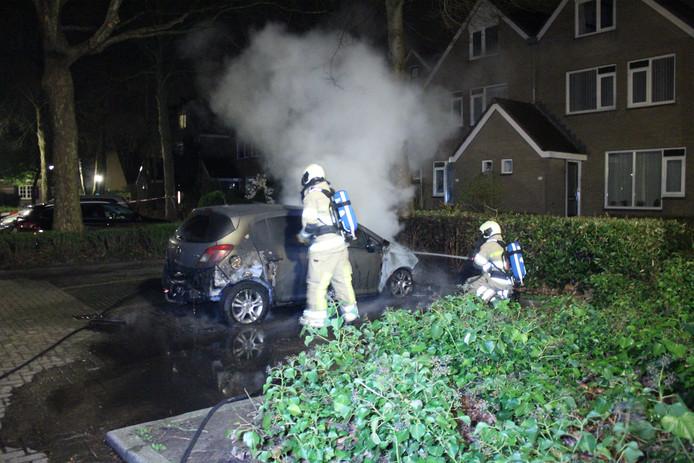 Mogelijk brandstichting van auto in De Meern.