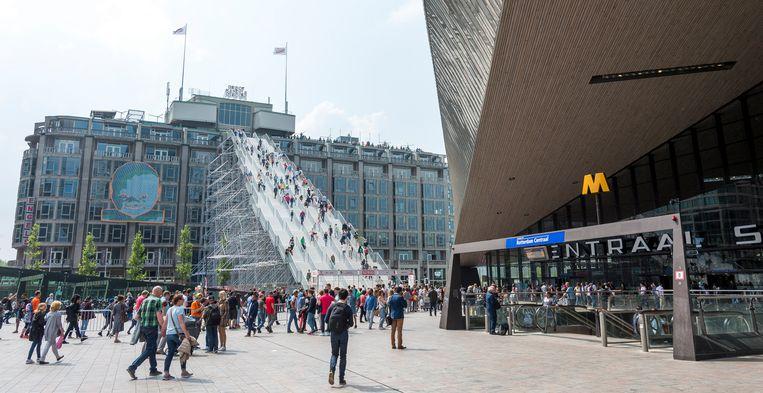 De trap bij het stationsplein in Rotterdam.  Beeld ANP