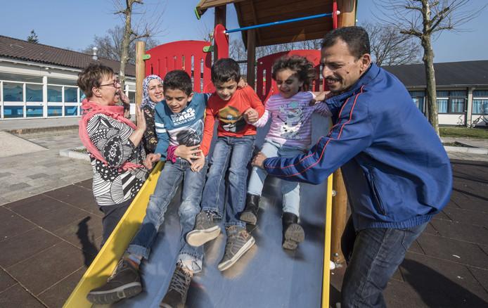 Het gezin Aljanabi kreeg afgelopen week te horen dat het na negen jaar procederen in Nederland mag.