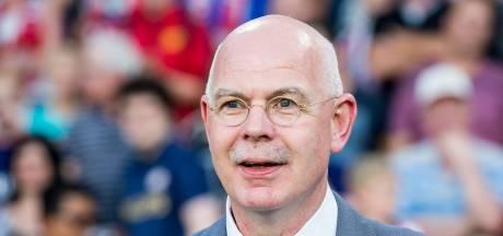 PSV organiseert om 12.00 uur persconferentie en licht plannen voor komend seizoen toe