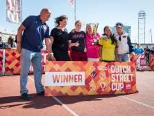 Voetbalsters Noord-Veluwe winnen fair play prijs